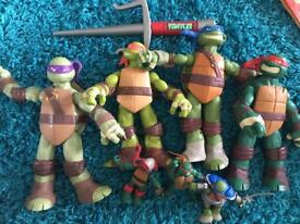 Teenage mutant ninja turtles figures