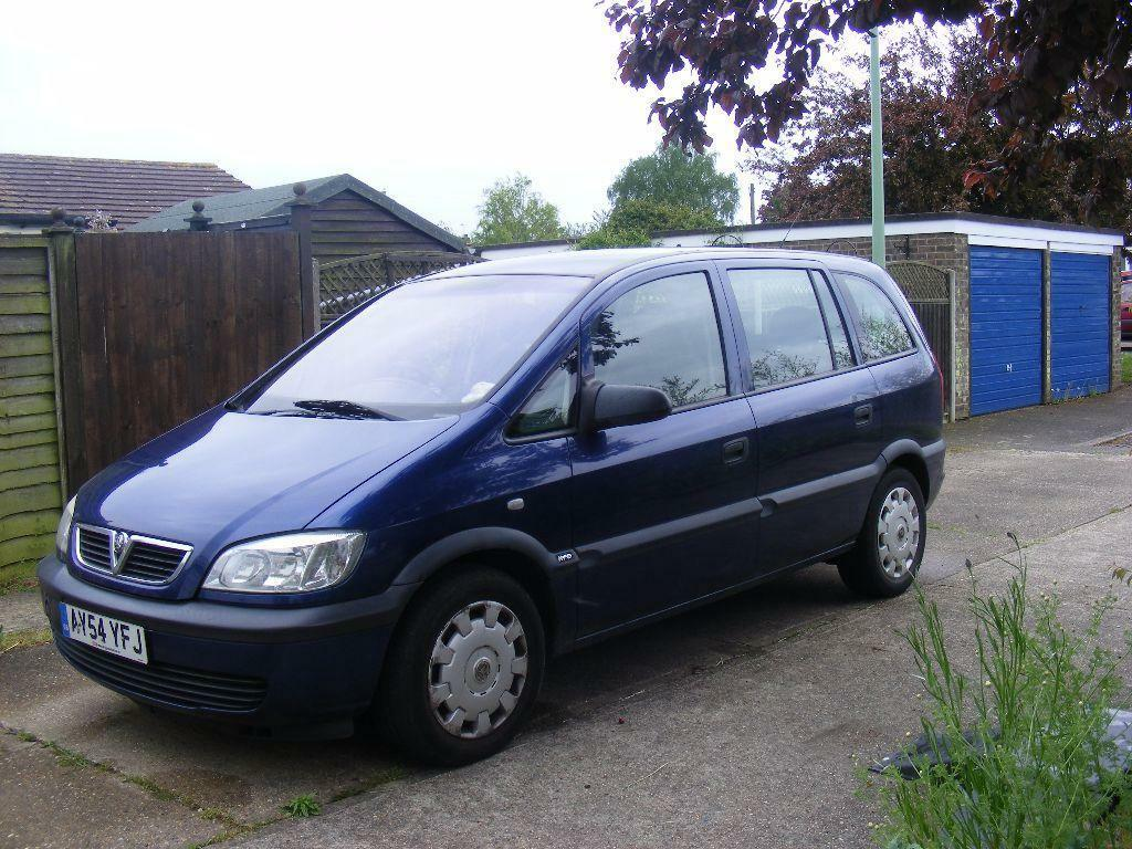 vauxhall zafira life 1 6 mpv 7 seater needs attention 2004 make an offer in ipswich suffolk. Black Bedroom Furniture Sets. Home Design Ideas