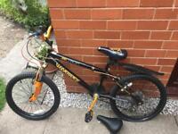 Junior mountain bike £30 Ono