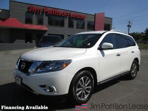 2015 Nissan Pathfinder SV, local/no accidents - White