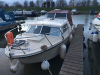 Birchwood 25 Interceptor - River Boat For Sale