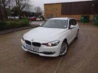 BMW 3 Series 325d Luxury Touring[Professional Media] (white) 2013