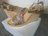 Shoes, new size 37