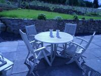 CIRCULAR WOODEN TABLE & 4 CHAIRS PAINTED FARROW & BALL