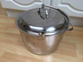 Preserving pan or stock pot, extra large, stainless steel, encapsulated base