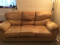 Sofa in ochre/ dark beige