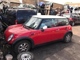 Breaking Mini Cooper 2006 1.6 petrol red