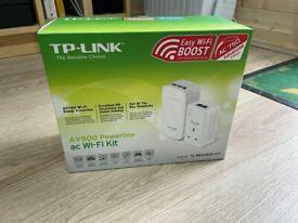TP-LINK PowerLine Wi-Fi extension (TL-WPA4530 KIT)