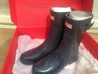Hunter refined short gloss wellies size 6 BNIB