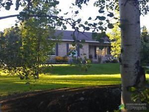 309 000$ - Bungalow à vendre à Chicoutimi (Laterrière) Saguenay Saguenay-Lac-Saint-Jean image 1