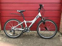Giant MTX225 bicycle with front suspension and 18 gears