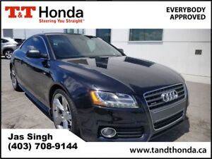 2010 Audi A5 2.0T Premium* Rear Camera, Heated Seats, Navi*