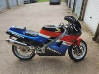 Honda VFR 400 A2 legal certificate included