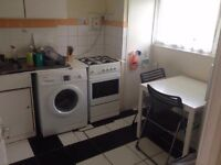 *********single room****All Saints******available now!!
