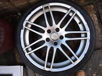 Audi S4 single alloy wheel