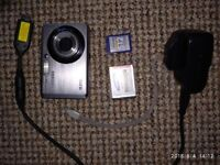 Digital cameraamsung 10.2 mega