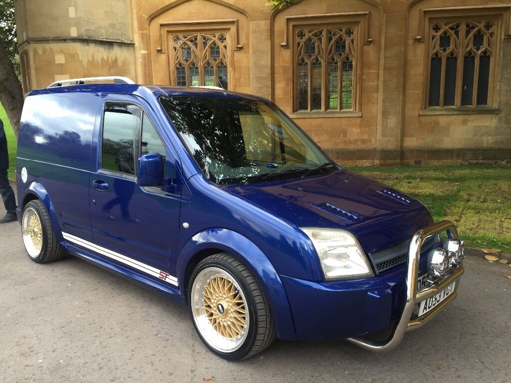 2003 03 FORD TRANSIT CONNECT FULL ST CONVERSION OVER 10K SPENT ON THIS VAN  ABSOLUTE ONE