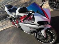 Yamaha r1 bigbang not cbr Kawasaki 2011(61)