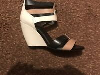 Kenneth Cole Wedge Sandal