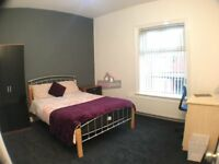 Student house share available!!