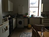 2 Rooms to Rent in West End Flat, 1 min to Glasgow Uni