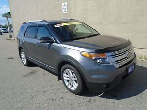 2011 Ford Explorer XLT AWD (TRAILER HITCH)