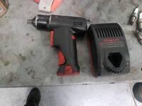 Snap on 3/8 7.2 volt impact gun
