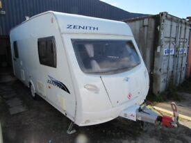 Lunar Zenith 5, 5 berth double dinette 2009