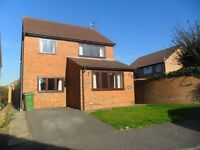 RB Estates are pleased to offer this 4 Bed detached in Burghfield Available to Rent Immediately