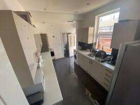 24 HOUR MOVE IN ACCOMMODATION IN BIRMINGHAM - JSA, DSS, ESA, PIP, UNIVERSAL CREDIT accepted