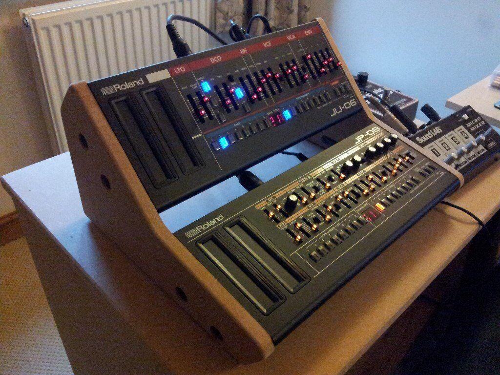 Roland Jp 08 Jupiter 8 Amp Ju 06 Juno 106 Synthesisers