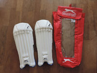 Boys/Juniors Slazenger Elite Wicket Keeping Leg guards/Pads