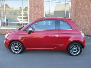2013 Fiat 500 Lounge - LOW KMS - RED & BLACK LEATHER