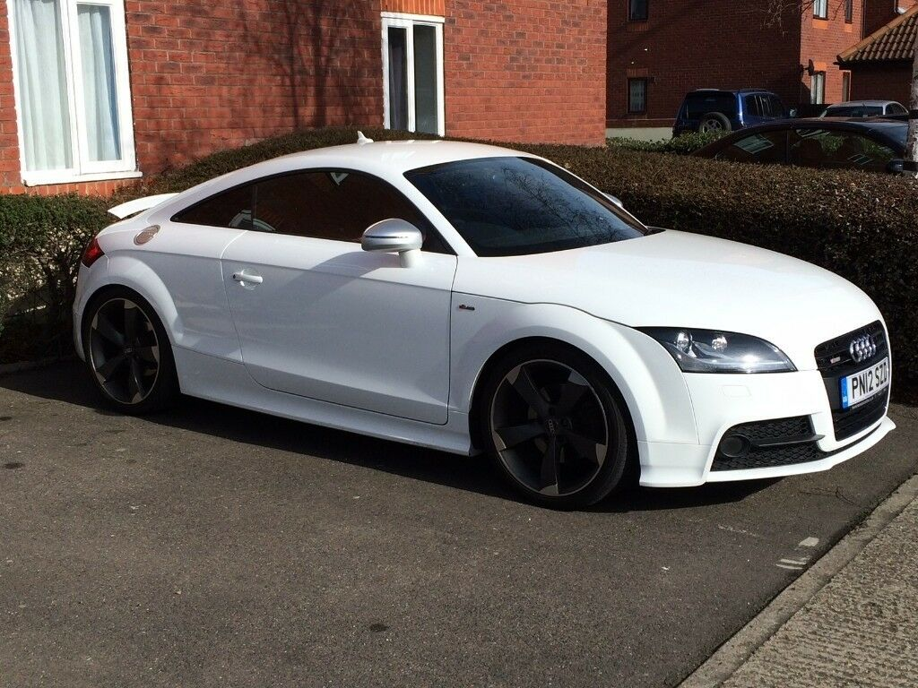IMMACULATE Audi TT S Line, WHITE, RED LEATHER INTERIOR, 6 MONTHS MOT