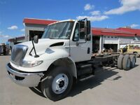 2008 International 4400 SBA DURASTAR