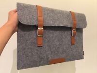 Plemo Felt Sleeve Laptop Case – Never Used!
