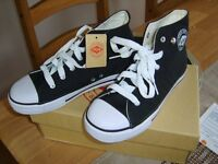 boys lee cooper trainers/boots size 13 collection from didcot smoke and pet free home