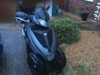 Piaggio MP3 LT Yourban 300 (Drive on car licence - Congestion Charge Exempt)