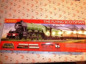 Hornby Flying Scotsman train set BNIB