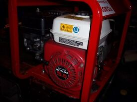 2.3kw top of the range genuine honda 4 stroke petrol generator,with low oil automatic shutdown