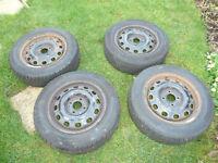 4 x Continetal 195/60/R15 (T) Wintern Tyres & Rims