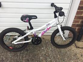 Saracen Bella girls bike with stabilisers 16 inch