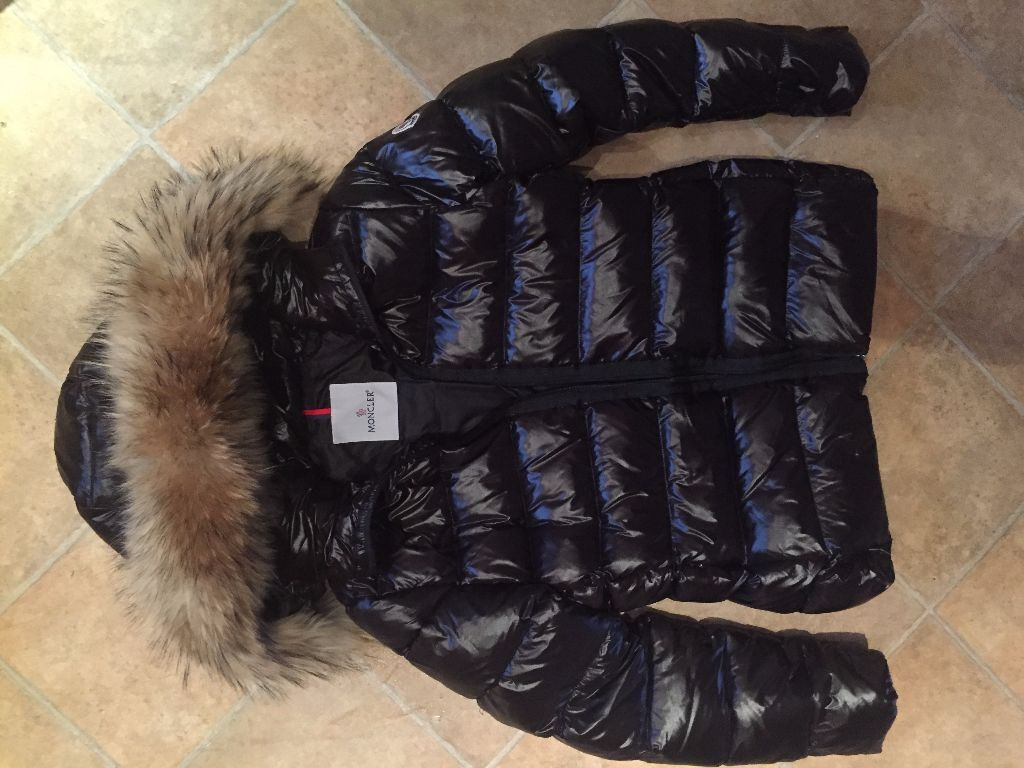 BRAND NEW MONCLER LADIES WOMENS PUFFER DESIGNER JACKET COAT WITH REAL FUR HOOD (COST NEW