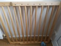 Lindam fixed wooden baby gate
