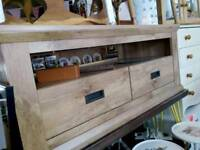 Here i have a lovely tv unit with drawers