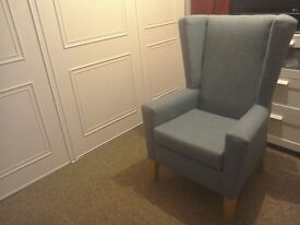 Winged armchair, excellent condition.very comfy.