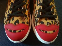 RARE DESIGNER CHARLOTTE OLYMPIA 'KISS ME' TRAINERS SIZE 7.