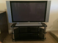 "42"" TV (+ STAND)"