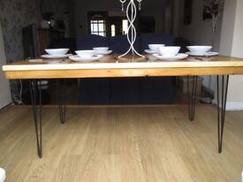 SOLID LIGHT/MEDIUM OAK RECLAIMED BESPOKE DINING TABLE=SEATS 6/8 PEOPLE
