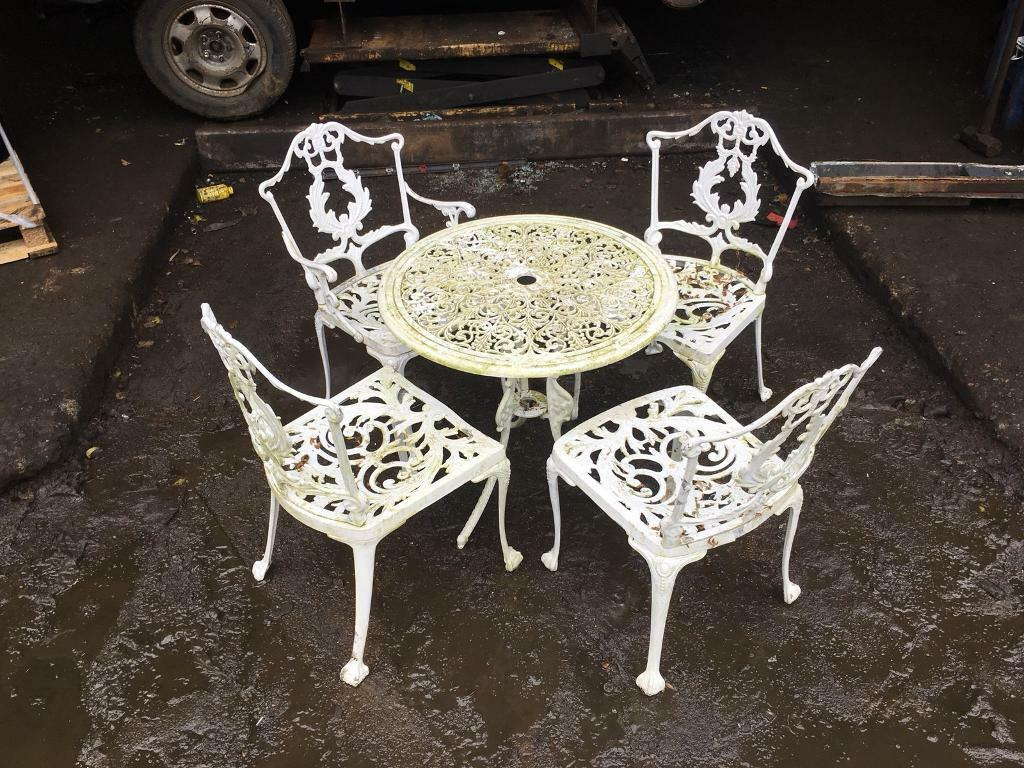 Vintage garden table & chairs